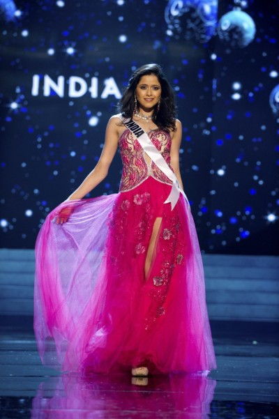 328927-miss-india-2012-singh-competes-in-an-evening-gown-of-her-choice-during